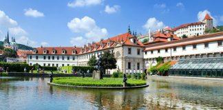 Palatul Valdštejn din Praga