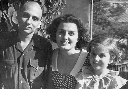 Dinu, Neli și Monica Pillat
